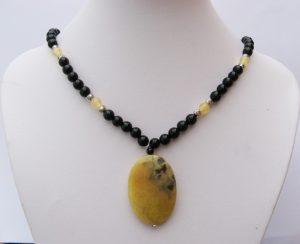 366p-collier-agate-jaune-noire-aragonite